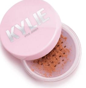 deep dark kylie powders